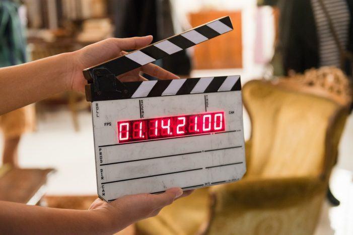 Las películas deberán incorporar, por primera vez, subtitulado especial y audiodescripción para acceder a las ayudas a la producción de cine