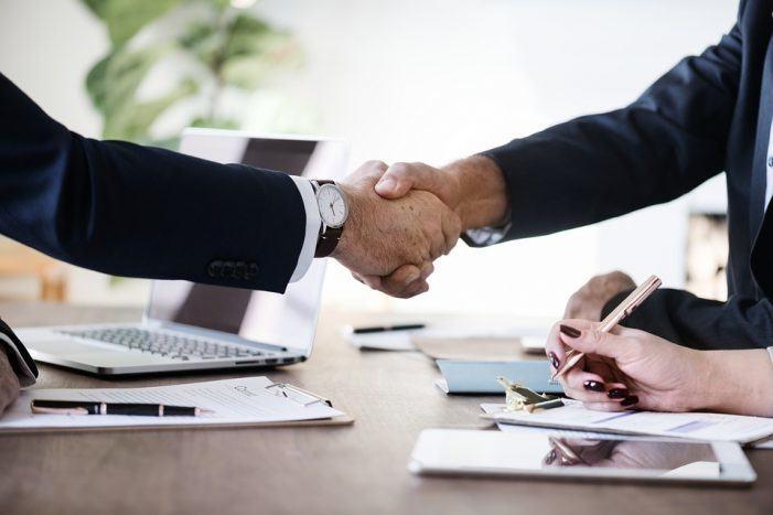 Navarro Abogados, especialistas en derecho mercantil con más de 20 años de experiencia en A Coruña