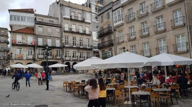 Fernández-Tapias cifra en 2,6 millóns de euros as axudas abonadas pola Xunta a un millar de negocios hostaleiros de Vigo