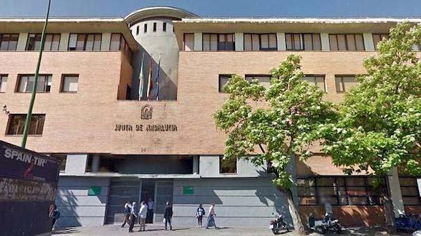 A Consellería de Saúde andaluza leva 6 meses sen actualizar a súa web sobre alertas alimentarias