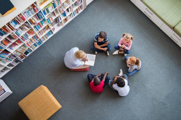 A Xunta lanza unha convocatoria extraordinaria de 300.000 euros para mellorar a oferta de bibliotecas e axencias de lectura