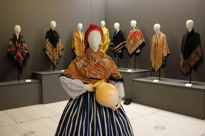'Galicia, a terra dos mil panos' pecha como a mostra máis visitada no museo no que vai de ano