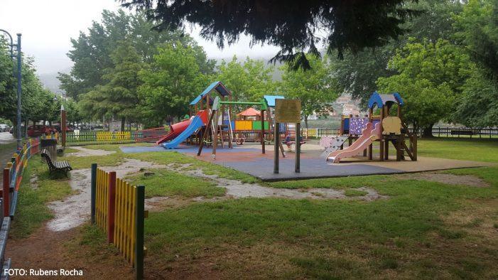 A Deputación de Pontevedra inviste 150.000 euros no Concello de Moaña para a reforma do parque infantil de San Bartolomeu