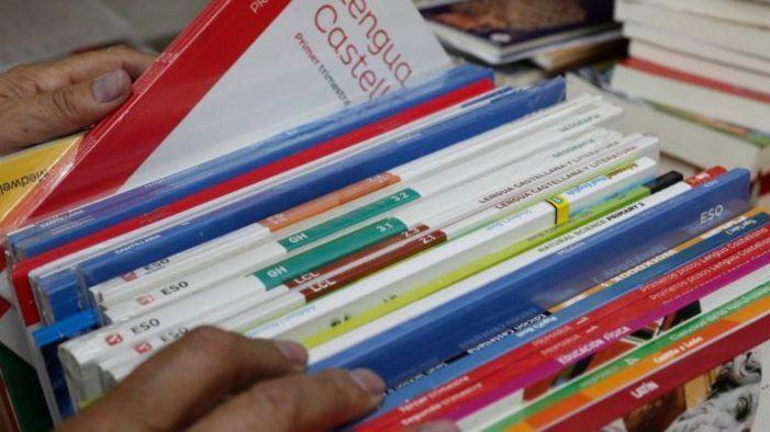 Volta ao cole: os libros de texto soben un 1,6% en 2019