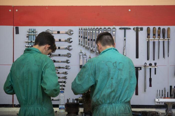 As empresas galegas poden solicitar ata o 7 de outubro as axudas do programa Profesionais 4.0 para contratar mozos e mozas de ata 35 anos