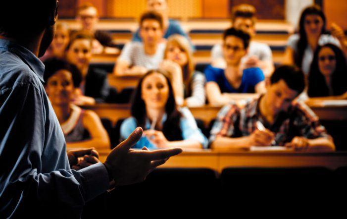 362 universitarios acadan os premios de excelencia académica 2017/18 que por primeira vez outorga a Consellería de Educación