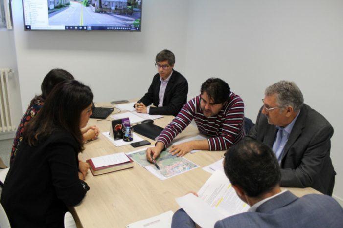 A Deputación de Pontevedra e o Concello de Meis traballarán conxuntamente para solucionar os empozamentos na estrada que comunica coa praza de España