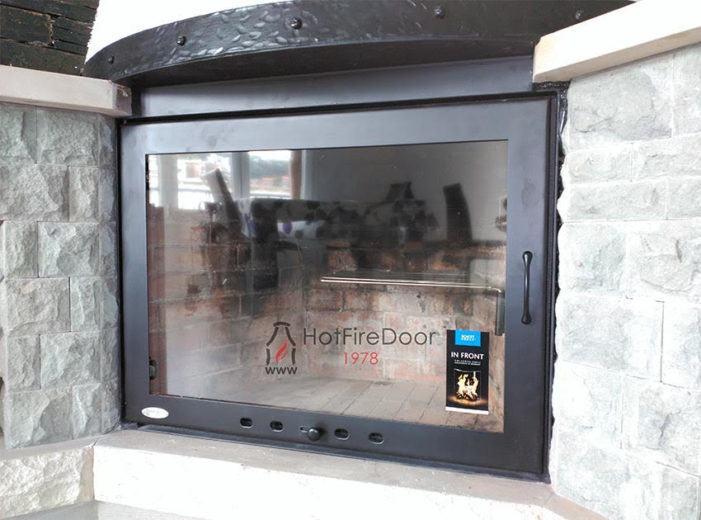 HotFireDoor celebra 2000 puertas para chimeneas