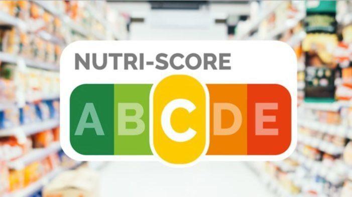 OCU, organizaciones científicas y empresas reclaman a Consumo la obligatoriedad de Nutri-Score