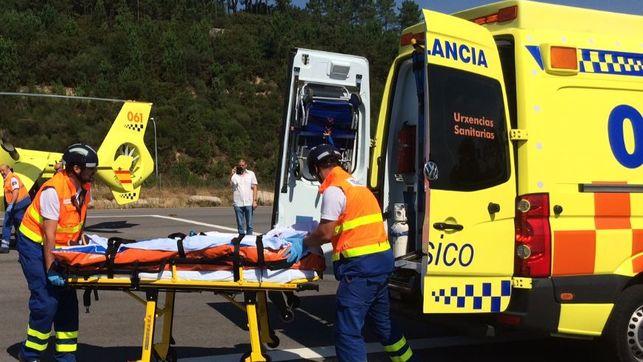 O 061 de Galicia asistiu a 38 persoas por 35 accidentes de circulación durante a fin de semana