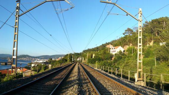 Adif adxudica a subministración e transporte de balasto para a renovación de plataforma do tramo Guillarei-Redondela
