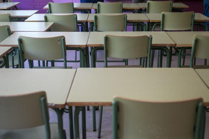 CCOO-Ensino esixe medidas para iniciar con garantías o vindeiro curso