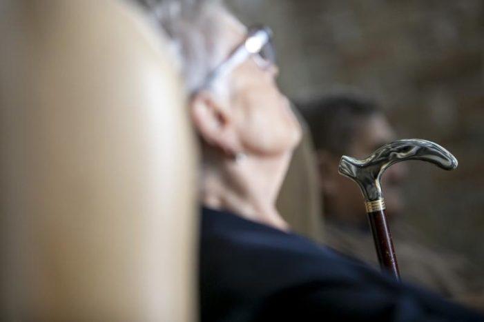 A esperanza de vida en Galicia medra ata os 83,34 anos e acada o maior valor da serie histórica, segundo os últimos datos do IGE