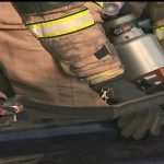 Os bombeiros liberan ao ocupante dun turismo que quedou atrapado tras un accidente en Narón