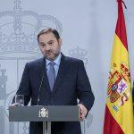 Ábalos anuncia un catálogo de medidas para garantizar la seguridad de los usuarios del transporte