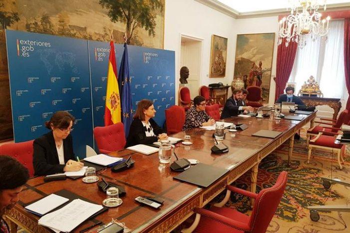 González Laya destaca la importancia de África como prioridad de la política exterior de España en una videoconferencia con los embajadores africanos