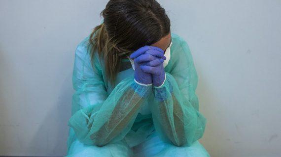 """""""Siguen sin atender y cuidar la salud mental de los profesionales sanitarios como se merecen"""""""