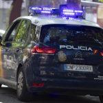 La Policía Nacional detiene en Tarrasa a un internauta que llevaba a cabo apología yihadista y lanzaba mensajes de odio a través de las redes sociales contra minorías.
