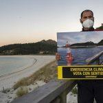 Greenpeace hace desaparecer la playa de Rodas, en las Cíes