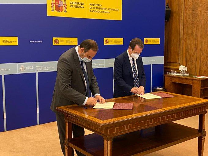 Ábalos reafirma su compromiso de colaboración con ciudades y municipios para implantar de forma efectiva la Agenda Urbana Española