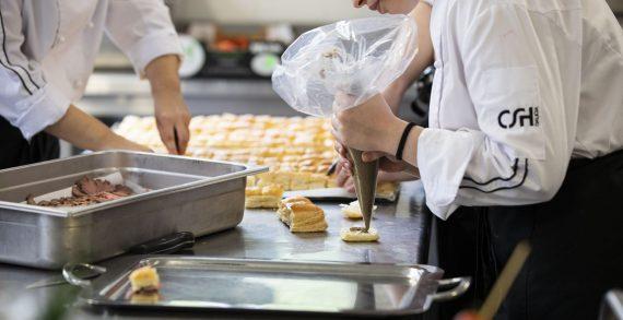 A Xunta convoca 21 bolsas para alumnos do Centro Superior de Hostelería no curso 2020-2021