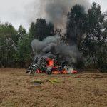 Arde un tractor en Labrada por falta de persoal do Concello de Guitiriz para manexar os medios de extinción municipais