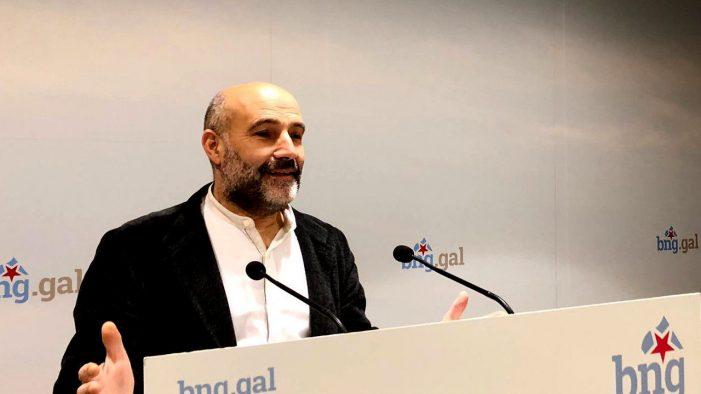 O BNG critica a decisión tomada por Adif e exixe a retirada dos vagóns lanzados ao río Sil