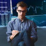 Los mercados siguen vivos: analizamos cuatro sectores para invertir este año