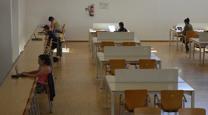 A Biblioteca Universitaria rexistrará os seus usuarios para poder facer un rastrexo no caso de darse un positivo
