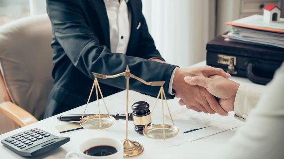 Importancia de contar siempre con un buen abogado