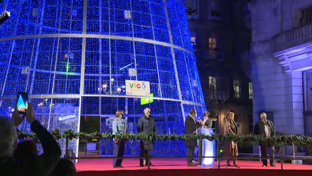 Xa é Nadal en Vigo: así acendeu as luces Abel Caballero