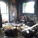 Un cortocircuito provoca un incendio en una vivienda de la calle Paz Pardo