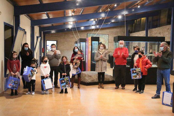 A Biblioteca Pública Municipal nomeou aos e ás socias de honra do 2021