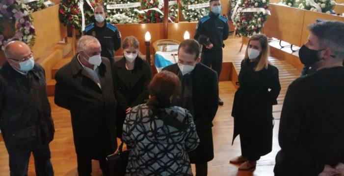 Abel Caballero súmase a dor polo pasamento do alcalde de Cangas