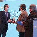 Luís Pousa recibe el XLI Premio Afundación de Periodismo Julio Camba