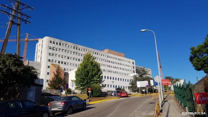 """Marea de Vigo tilda de """"demagogo"""" ao Goberno da Xunta por pedir o uso xeneralizado das máscaras FFP2 e non proporcionalas axeitadamente no Hospital Meixoeiro onde hai un brote descontrolado"""