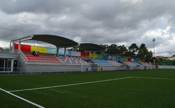 O goberno de Vigo adicará 500.000 euros a mellorar o campo de fútbol de Santa Mariña