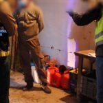 La Policía Nacional libera en Málaga a once personas explotadas laboralmente y obligadas a vivir hacinadas en una nave de almacenaje