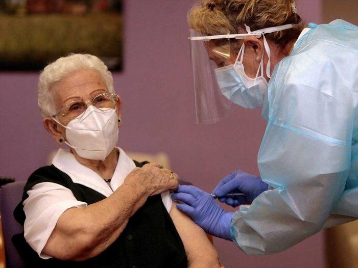 """SATSE: """"Debemos garantizar una campaña de vacunación segura y ágil con las enfermeras suficientes"""""""