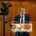 Sete propostas aspiran a diseñar o ascensor que conectará García Barbón con Vía Norte