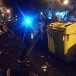 Los fuertes vientos de ayer fueron los protagonistas de la jornada nocturna provocando los habituales episodios de desplazamiento de objetos en la ciudad de Vigo
