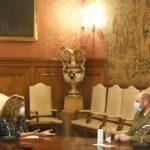 A presidenta da Deputación expresa o apoio e recoñecemento institucional o novo subdelegado de Defensa na provincia