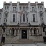 La Audiencia de A Coruña condena a un falso médico de Ferrol a seis años de cárcel y a indemnizar a sus víctimas con más de 3,2 millones