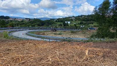 La Xunta comenzará este lunes nuevos trabajos de limpieza en las márgenes de tres carreteras autonómicas en las provincias de Lugo y de Pontevedra