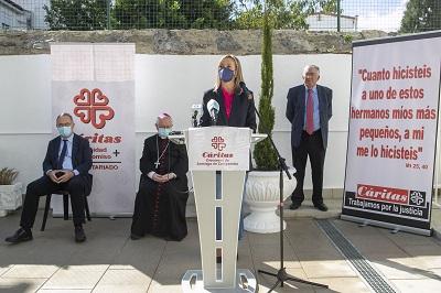 Fabiola García señala que la reubicación de la sede de Cáritas Santiago permite recuperar una parte muy importante de la historia de solidaridad de la ciudad