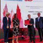 El Dr. Tomás Camacho, de VithasLab, recibe en Santiago un reconocimiento especial al mérito profesional de la Fundación Internacional ORP
