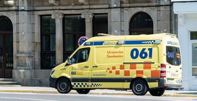El 061 de Galicia asistió a 66 personas por 48 accidentes de circulación durante el fin de semana
