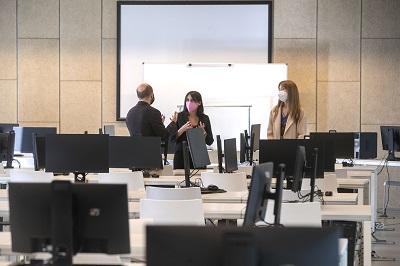 La Xunta incrementa un 9,2% los presupuestos de Empleo e Igualdad que inciden en la cualificación de las personas trabajadoras ante los retos del mercado laboral