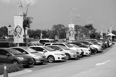 La crisis económica obliga al sector automovilístico a lanzar un grito de socorro